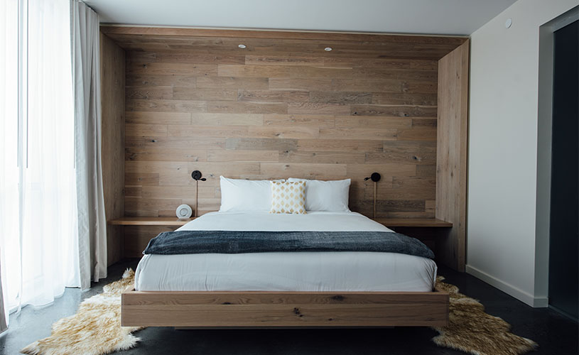 King Size Bed in Suite